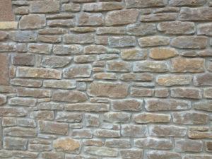 pedra trencada per paret